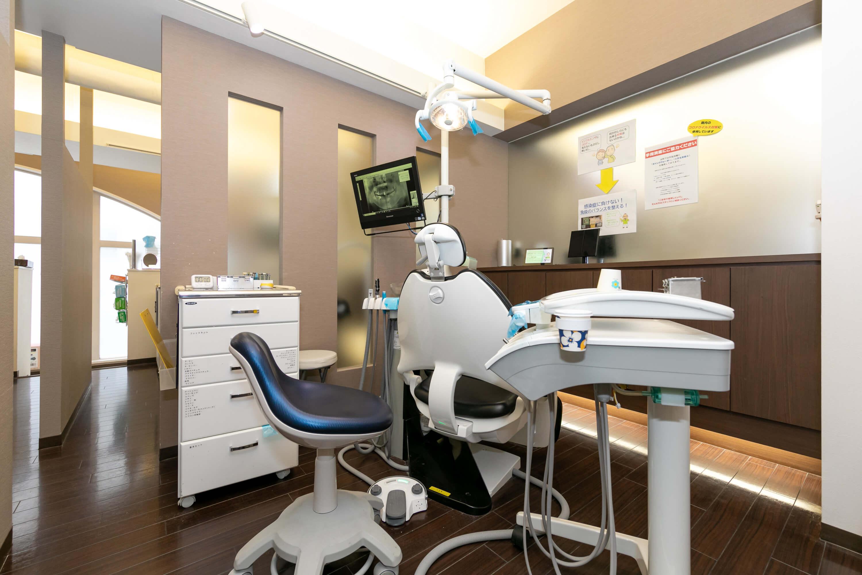 <マウスピース型矯正歯科装置(インビザラインGO)>治療中のホワイトニング